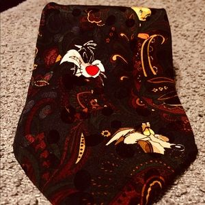 Looney Tunes Characters novelty silk tie.